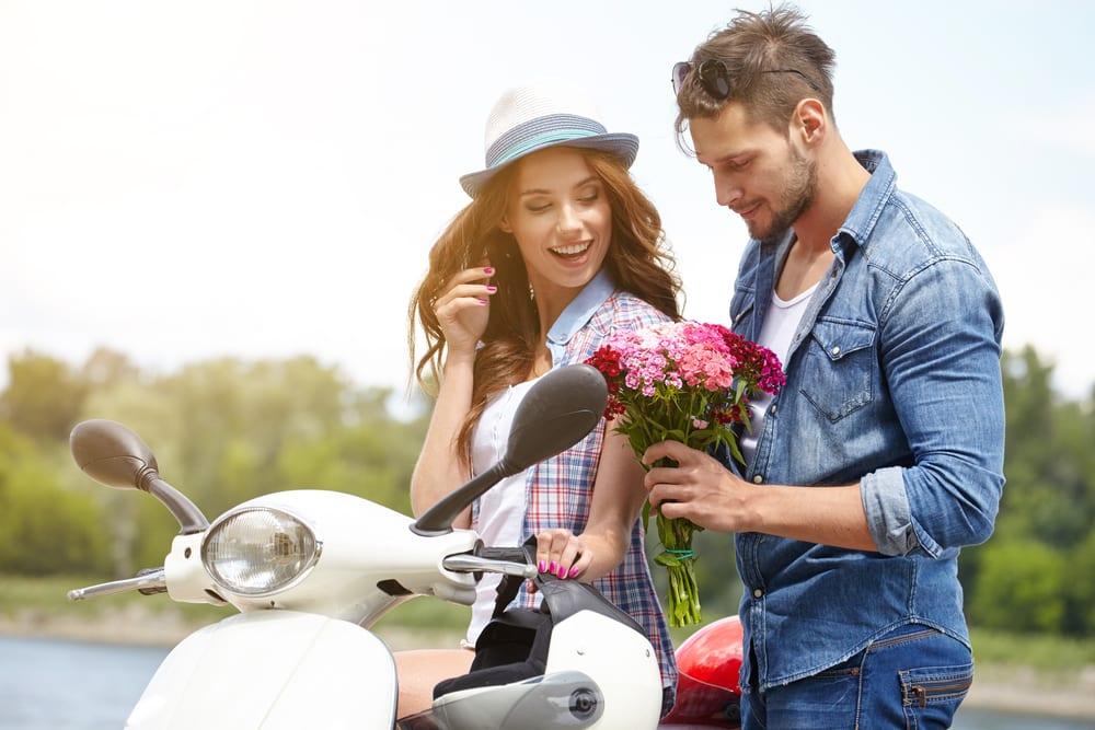 Pisces Man in Love Behavior: 5 Signals That Will Expose Him